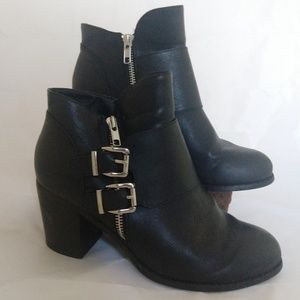 Torrid Vegan Leather Black Zipper Heel Booties